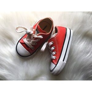 4c red converse